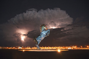 denver-airport-bronco-sculpture-night-view1