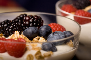 yogurt_and_fruit
