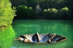 lacul-cu-vartej-observator-tv-633x420